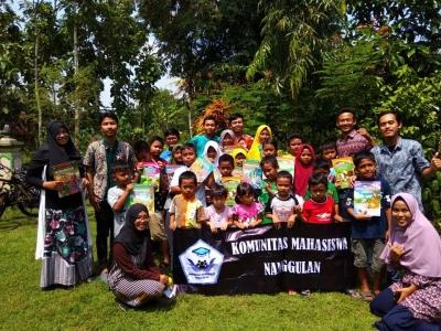 Komunitas Mahasiswa Nanggulan Dorong Budaya Literasi Sejak Dini