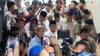 Terlambatnya Prabowo Besuk Eggi Sudjana, Mereka pun Ditolak
