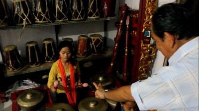 Wowo, Sang Penjaga Kelestarian Budaya Indonesia