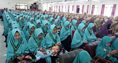 Ramadhan 1440 H, SMP-SMA Ar-Rohmah Putri Gelar Wisuda Angkatan VII