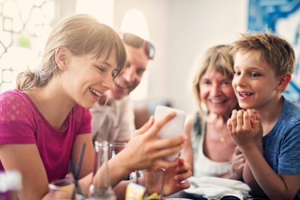 Belajar Berdemokrasi Dimulai dari Lingkungan Keluarga