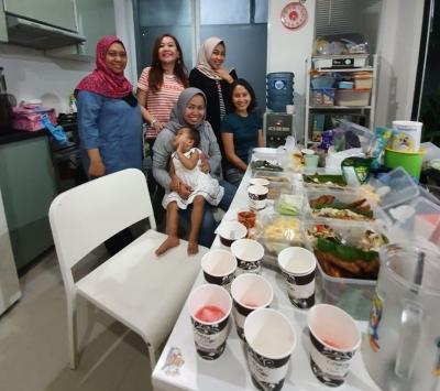 Apa Saja Kegiatan Bukber Para Wanita Selain Makan dan Berfoto?