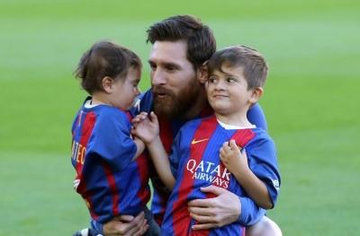 "Lionel Messi di ""Troll"" Anaknya Sendiri"