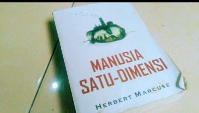 Hebert Marcuse, Dimensi Logika Kerja