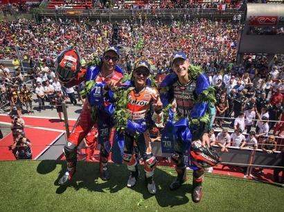 Lorenzo Sebabkan Rossi, Dovizioso, dan Vinales Jatuh di MotoGP Catalunya