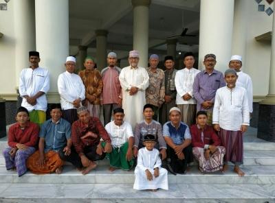 "Founder ""Ashabul Kahfi Islamic Center"" Sidney Australia Lakukan Sharing Islam"
