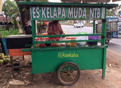 """Belajar dari Jalan Berliku """"Es Kelapa Muda NTB"""" Menjaga (Stabilitas Sistem) Keuangan Korban Bencana Lombok"""