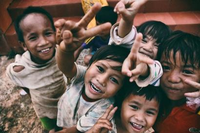 Untuk Menjadi Bahagia, Rakyat Indonesia Tidak Butuh Kementerian Kebahagiaan