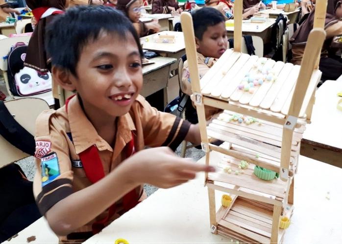 Anak Libur Ibu Pusing, Giliran Masuk Sekolah Malah Kangen