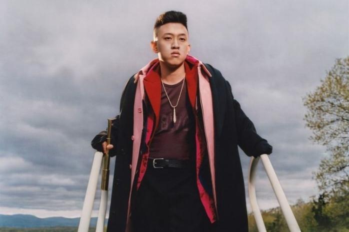 Pantaskah Rapper Rich Brian Menjadi Panutan Remaja Indonesia?