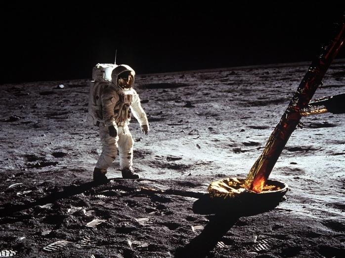 Bisnis Angkasa Luar Setelah Misi Pendaratan Apollo 11 di Bulan