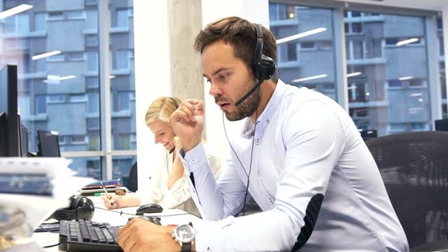Apakah Perusahaan Telemarketing Memiliki Standar Etika?
