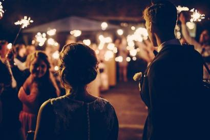 Cerpen | Ulang Tahun Pernikahan Perak