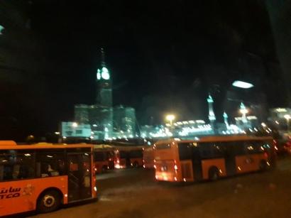 Puisi | Kabar Darimu Malam Ini di Kota Mekkah