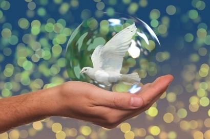 Puisi | Menyemai Kesunyian pada Tungku-Tungku Perapian