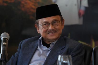 BJ Habibie, Guru Bangsa yang Menjadi Teladan Rakyat Indonesia