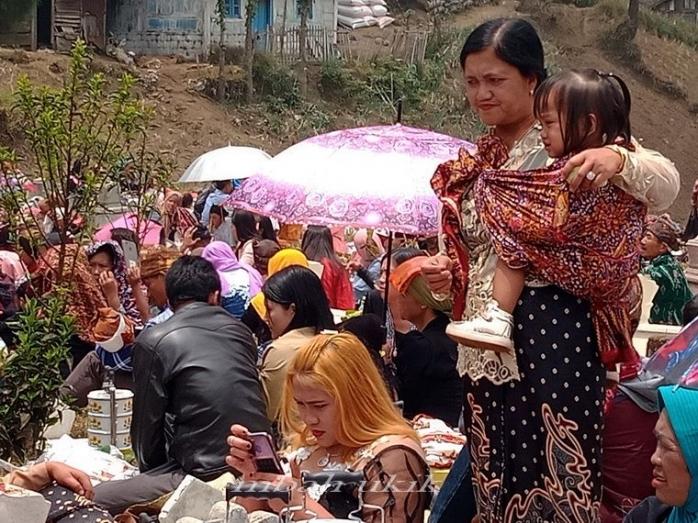 Wanita dalam Kehidupan Masyarakat Suku Tengger (Another Women in Our Life)