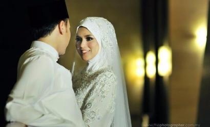 Boleh Saja Suami Bercanda dengan Istri, tapi Jangan Kebablasan