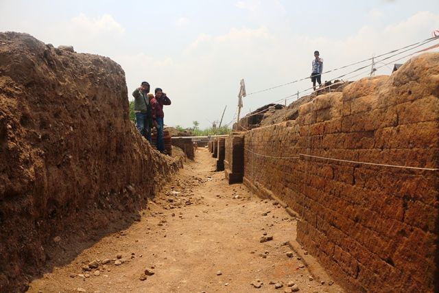 Talud Kumitir yang Jadi Wisata Dadakan Viral di Mojokerto