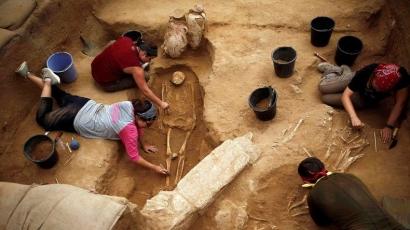 Setop Buka Program Studi Arkeologi yang Baru!