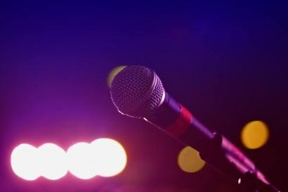 """Penyanyi Dunia Pakai """"Auto-tune"""", Apakah Masih Layak Disebut Biduan?"""