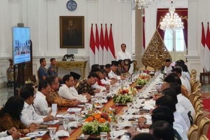 Komunikasi Meleset ala Kabinet Indonesia Maju
