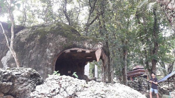 Suatu Sabtu Mengeksplorasi Goa Gundawang bersama Koteka