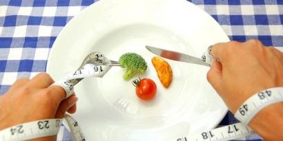 Eating Disorder, Makan Lagi Tidak Ya?