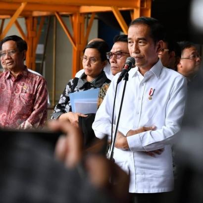 Jokowi Tegas Tolak Kepulangan WNI Eks ISIS, Sepakat?