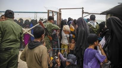 Wawancara Eksklusif dengan Jurnalis yang Pernah Meliput di Kamp Pengungsian Eks ISIS