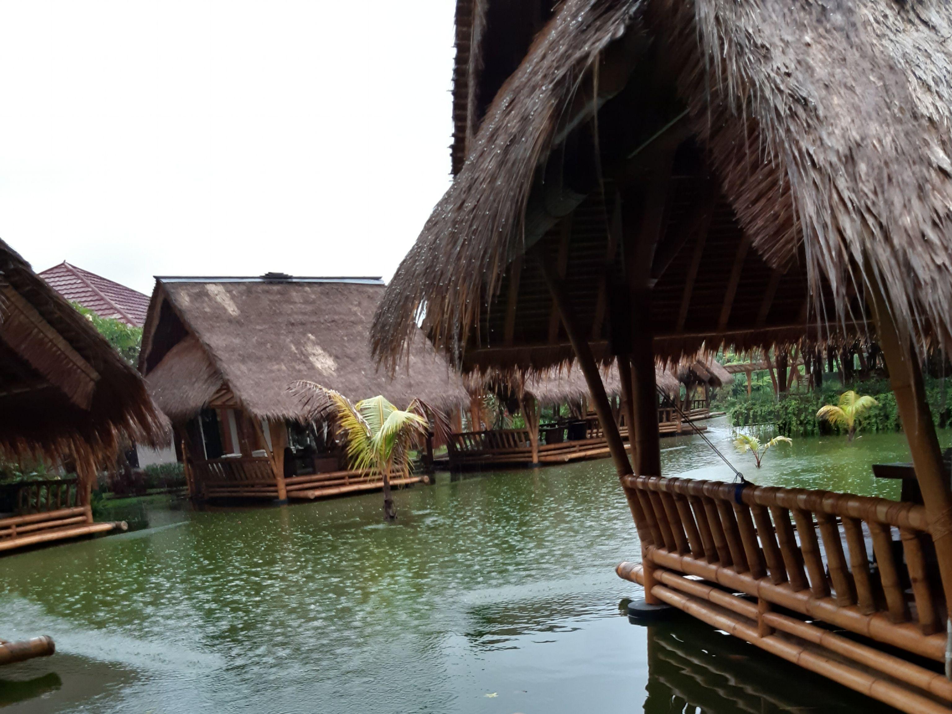 Tempat Makan dengan Suasana Alam di Kota Bekasi