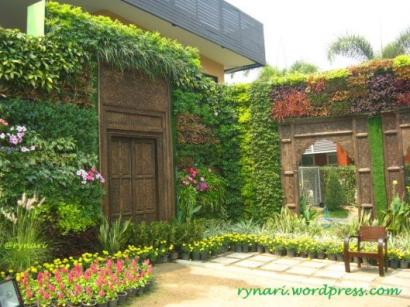 "Seni Berkebun: ""Vertical Garden"" Antara Gaya dan Pola Hidup"
