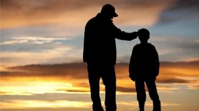Menyoal Seorang Bapak Nekad Curi Susu Buat Anaknya