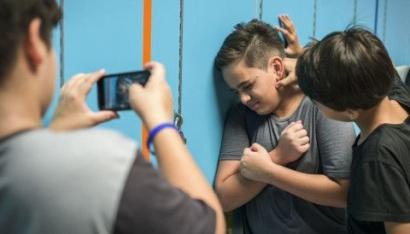 Menyikapi Korban dan Pelaku Bullying