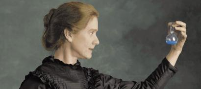 Marie Curie, Perempuan di Antara Fisika dan Kimia