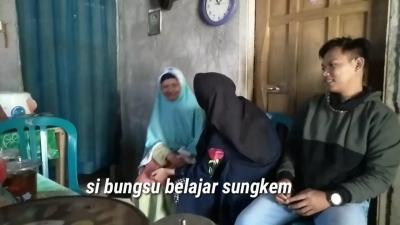 Momen Idul Fitri Tahun Lalu saat Melihat si Bungsu Pertama Kali Sungkem ke Nenek