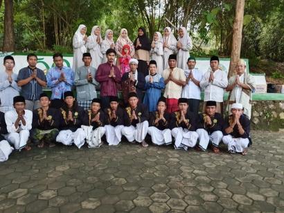 Afif Johan & Partners Menggelar Buka Bersama Ponpes Bani Jaf'ar