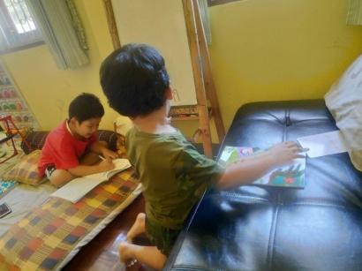 Sekolah dari Rumah Vs Homeschooling