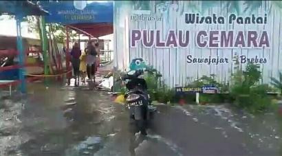 Rob Menerjang Dermaga Pulau Cemara, Persiapan New Normal Pariwisata pun Berantakan