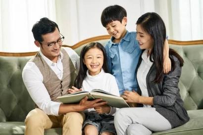 Mengajarkan Anak: Teladan Saja, Tak Perlu Banyak Wejangan