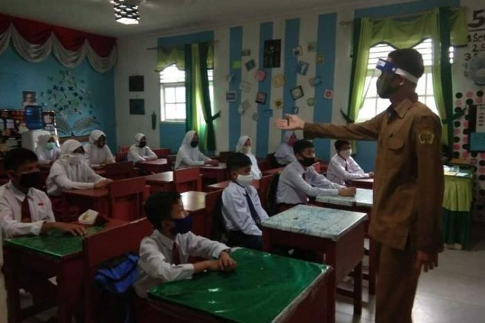 Kegiatan Asyik Guru saat Hari Pertama Sekolah yang Kini Tak Bisa Dilakukan