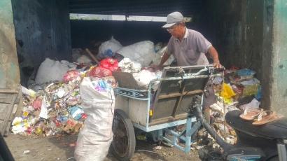 Jalan Kesasar Tata Kelola Sampah Indonesia