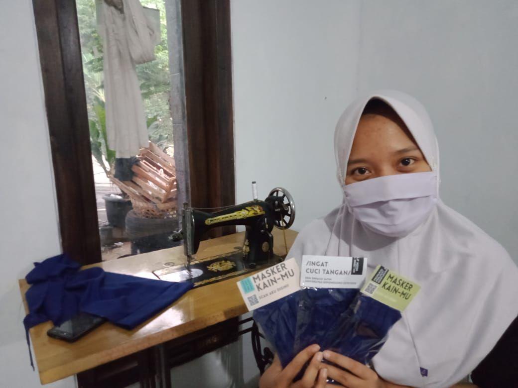 Mahasiswa KKN 43 Unej Mengkluster Potensi Usaha Kelompok sebagai Salah Satu Cara untuk Pemberdayaan Kelompok di BUMDESMA