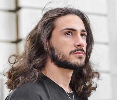 Rambut Panjang dan Berkilau ala Pria, Tiga Tips Mudah