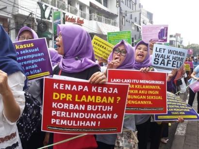 Kasus Kekerasan Seksual Meroket, RUU PKS Malah Keluar Prolegnas 2020