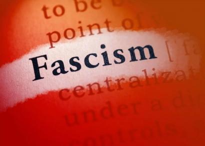 Fasisme dan Ancaman Demokrasi Abad 21