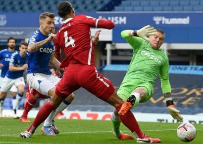 Cedera ACL Virgil van Dijk dan Peluang The Reds Pertahankan Gelar Premier League