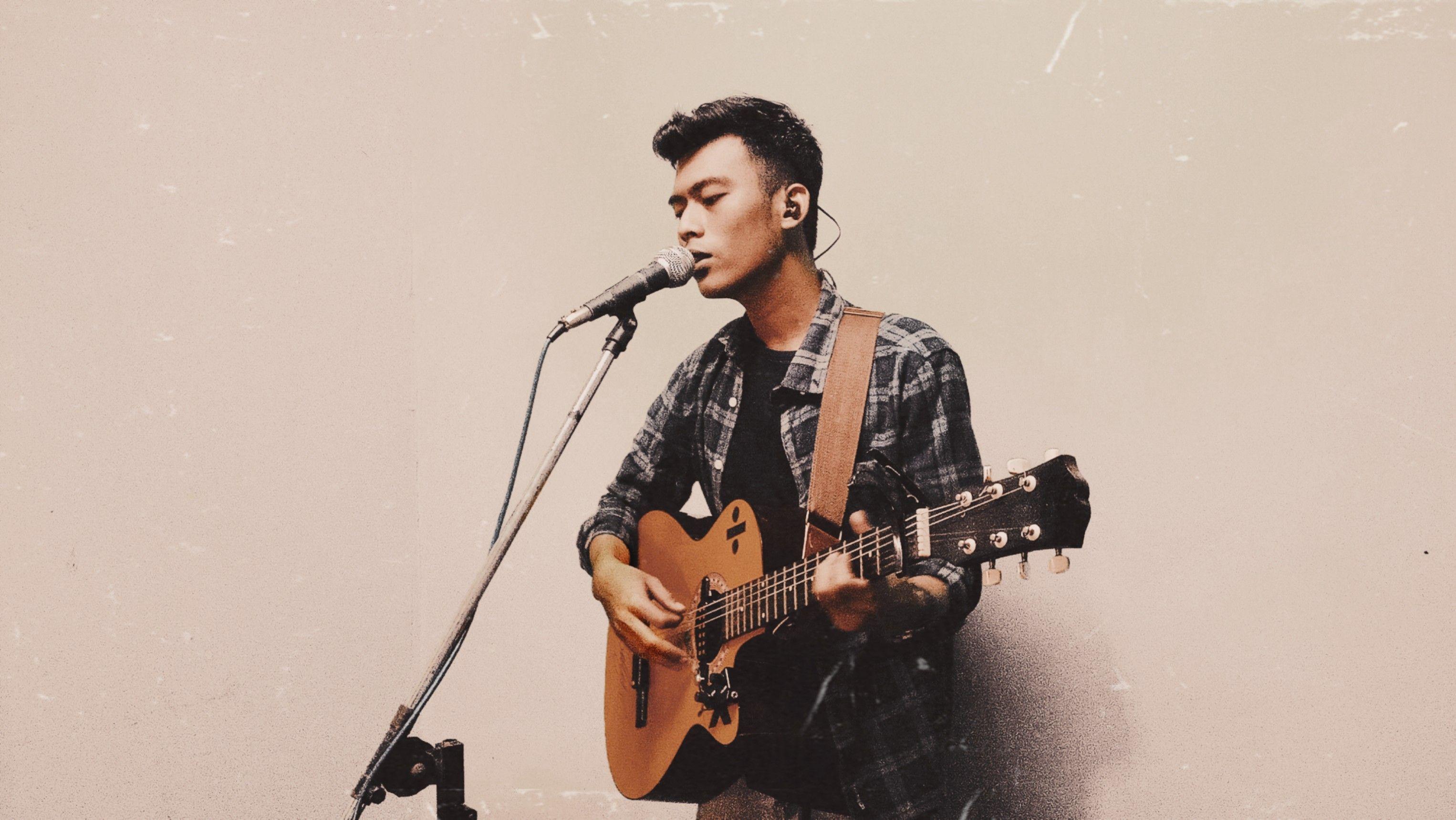 Jago Bikin Lagu dan Puisi, Ternyata Billy Surya Dilaga Lulusan Sastra Inggris!