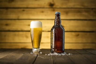Ironi Larangan Minuman Beralkohol di AS: Konsumsi Tidak Turun, Pejabat Jadi Korup