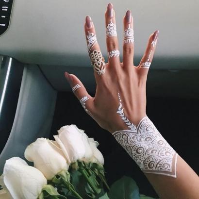 Anatomi Cinta: Tangan